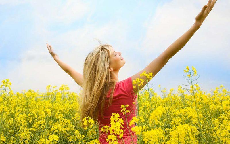 Fiducia esistenziale: l'emozione di tendere le braccia alla vita